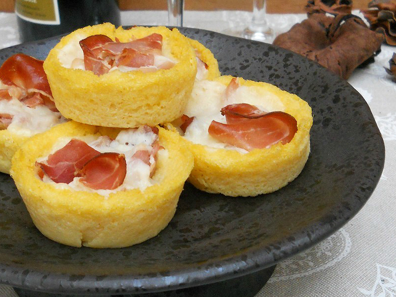 antipasti polenta speck provolone-dolce